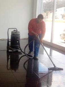limpieza-concesionario-toyota